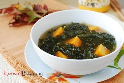 1353232102_kale-doenjang-soup